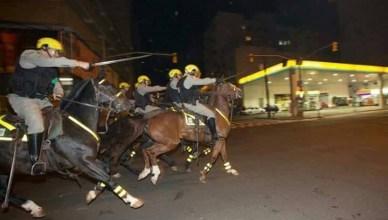 protesten tegen de schorsing van preisdent Rousseff hardhandig aangepakt door de politie.