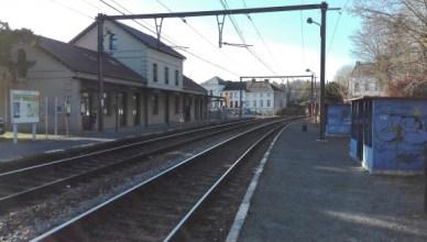 Het station van Thuin