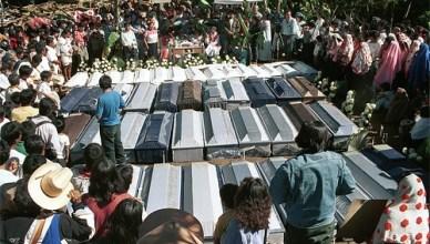 Begrafenis van de slachtoffers van Acteal