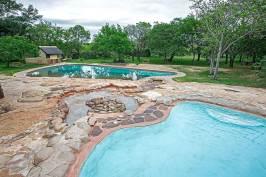 A82B0112---Pretoriuskop-Camp-swimming-pool-2---23.11.2017---screen-