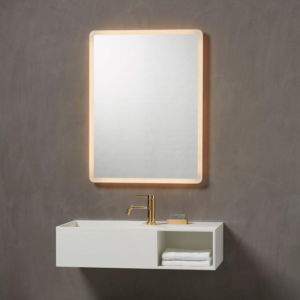 Sienna spejl, loevschall, led, spejl med lys, lys, light, mirror light, Loevschall, makeup spejl, makeup spejl med lys i, badeværelsesspejl, bathroom, bathroom mirror,, loevschall, https://www.loevschall.dk/