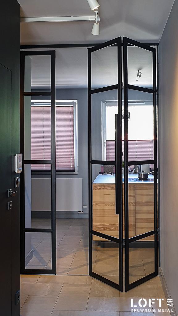Loftowe drzwi harmonijkowe