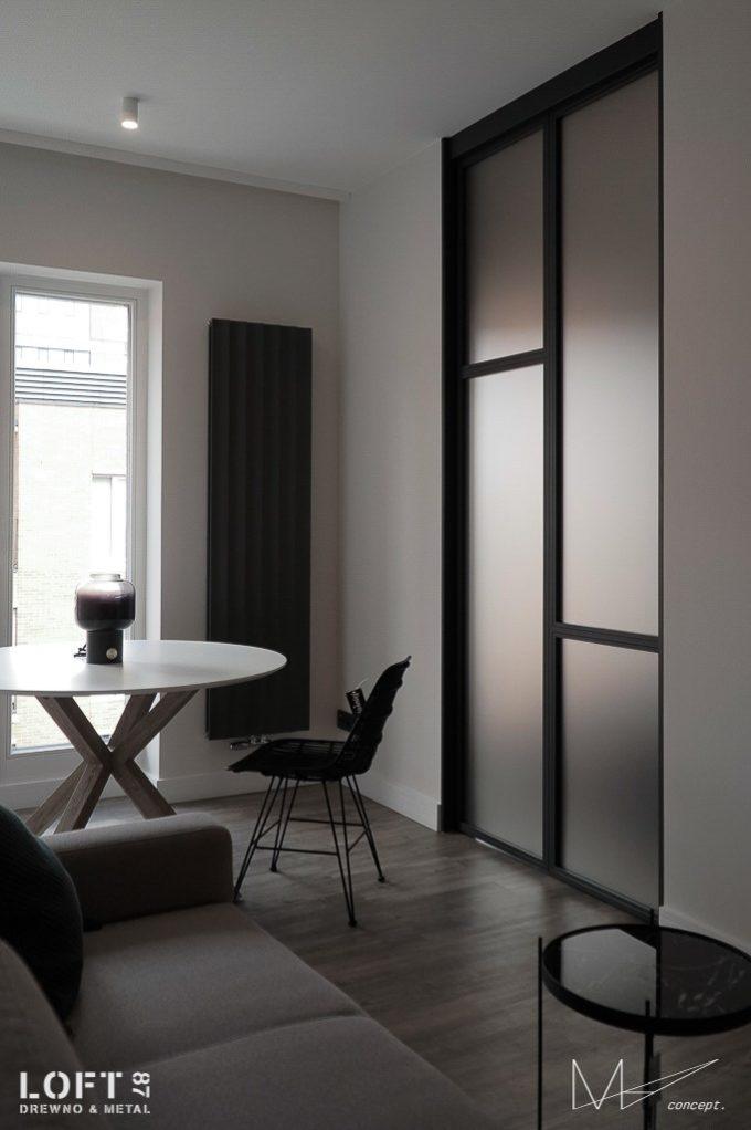 Drzwi przesuwane metalowa rama plus szkło