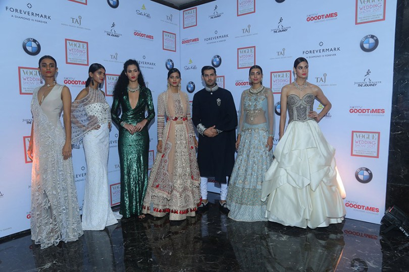 Models-sporting-designer-collections-at-the-Vogue-Wedding-Show-2017-1
