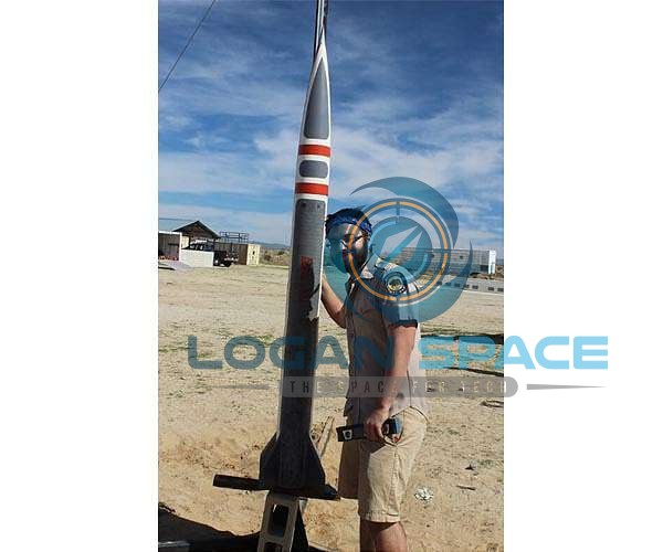 onor-cimo-pose- with-rocket-hg