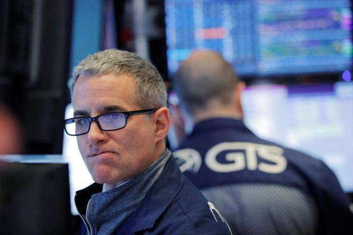 [NEWS] Wall St pauses after recent surge, Walgreens slides on profit warning – Loganspace AI