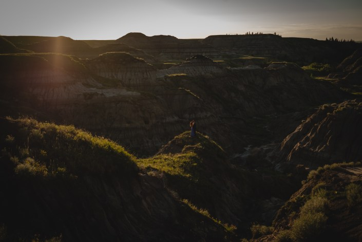 drumheller couple photography sunset