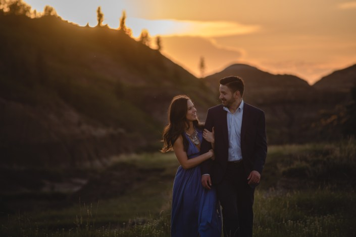 drumheller engagement photography beautiful couple
