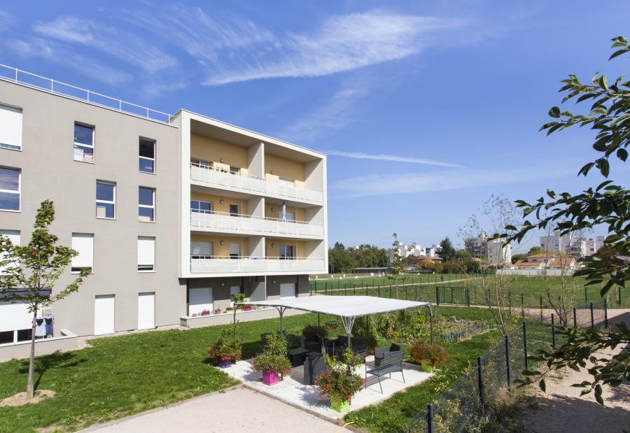 residence service a la location au fil du temps a charnay les macon 71 3618 logement seniors com