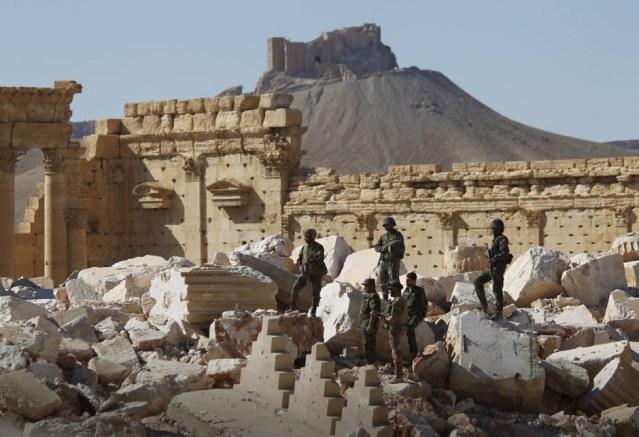Palmira nije pala