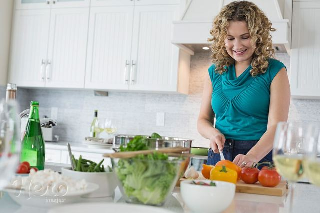 How to Prepare Food for Healthy Living and Safety