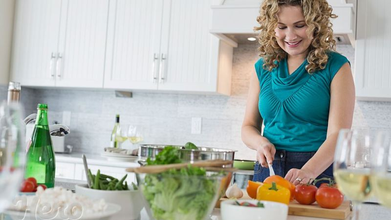 Complete Guide on How to Prepare Food for Healthy Living and Safety