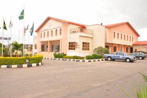 Residential School Nurse Needed at Roemichs International School 2020
