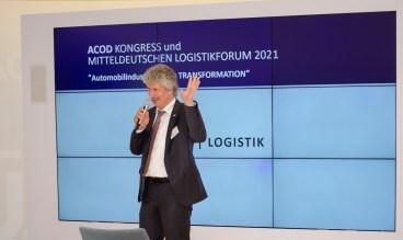 Klaus-Dieter Bugiel, Geschäftsstellenleiter des Netzwerk Logistik Mitteldeutschland moderiert das 16. Mitteldeutsche Logistikforum