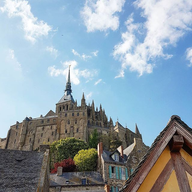 Once upon a time... #montsaintmichel #abbey #cruise #crew #sailing #travel #traveling #visiting #traveler #instatravel #instago #instagood #trip #photooftheday #travelling #tourism #tourist #instapassport #instatraveling #mytravelgram #travelgram #travelingram #igtravel #instalife #travelblog