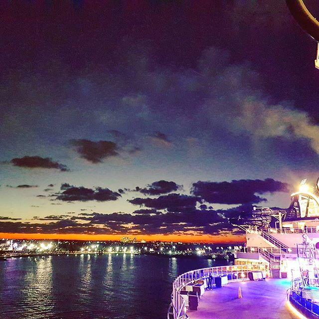 Sailing away at sunset #nassau #bahamas #cruising #cruise #crew #sailing #travel #traveling #traveler #instatravel #instago #instagood #trip #photooftheday #instapassport #instatraveling #mytravelgram #travelgram #travelingram #igtravel #instalife #travelblog #sea #travelstoke