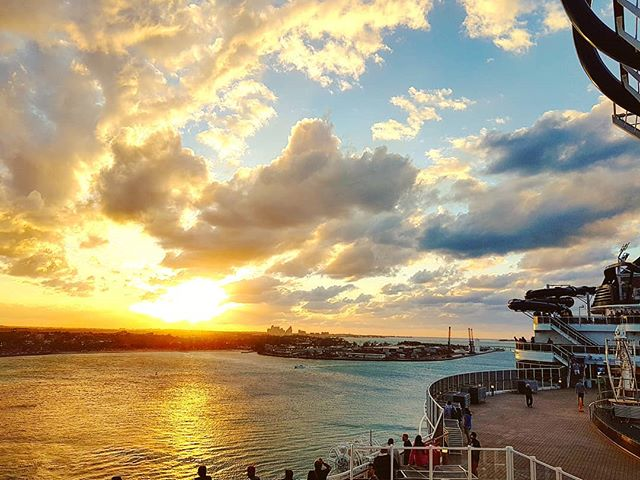 Sailing away at sunset #mscseaside #nassau #bahamas #cruising #cruise #crew #sailing #travel #traveling #traveler #instatravel #instago #instagood #trip #photooftheday #instapassport #instatraveling #mytravelgram #travelgram #travelingram #igtravel #instalife #travelblog #sea #travelstoke