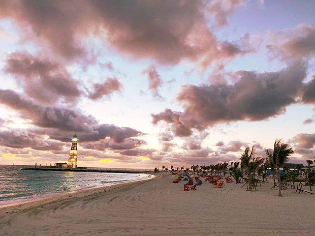 Every day it has different colors#oceancay #mscmarinereserve #msccruises #bahamas #beachvibes #prilaga #lighthouse #travelawesome #traveller #travelholic #travel #travelingram #traveling #travelers #travelgram #beaches #travels #travellife #sunset #traveler #sunsets #island #travelmore #beach #sunset #travelstoke #sunset_lovers #travelphotography #traveladdict
