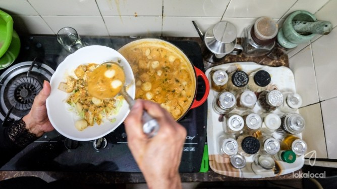 Noor's Kitchen: From Lifelong Passion to Popular Nyonya Laksa Cooking Class