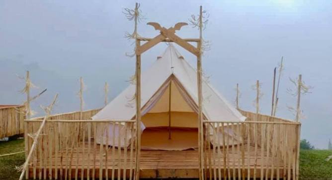 Glamping site at Rundum Highland. On the hill with cold temperature, place to relax and enjoy the nature.