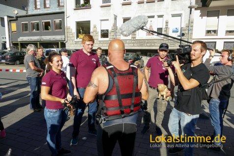 ls_lenne-lebt-altena-pappbootrennen_180930_46