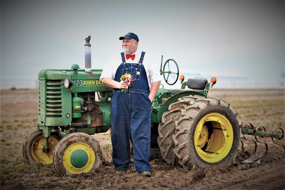 भारतीय शेतकऱ्यानां करार शेतीची भीती का वाटते? अमेरिकेतल्या शेतकऱ्यांना करार शेतीमुळे फायदा झाला की नुकसान?