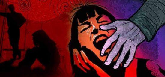 अल्पवयीन मुलीवर लैंगिक अत्याचार करणारा पोलिसांच्या ताब्यात