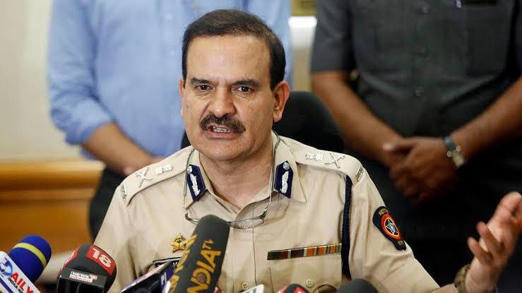 पोलीस आयुक्त परमवीर सिंह यांनी गृहमंत्री अनिल देशमुख बाबत 100 कोटी वसुलीचा केलेला दावा खोटा?