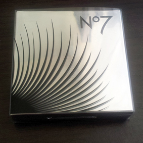 Boots No7 Fanomenal Eye palette swatch 5