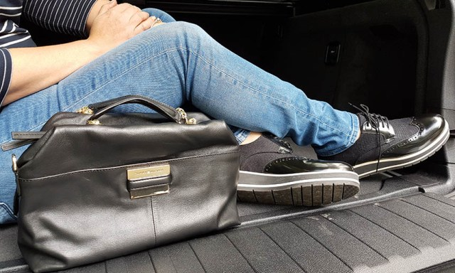 Tommy Hilfiger, Duffle Bag & shoes