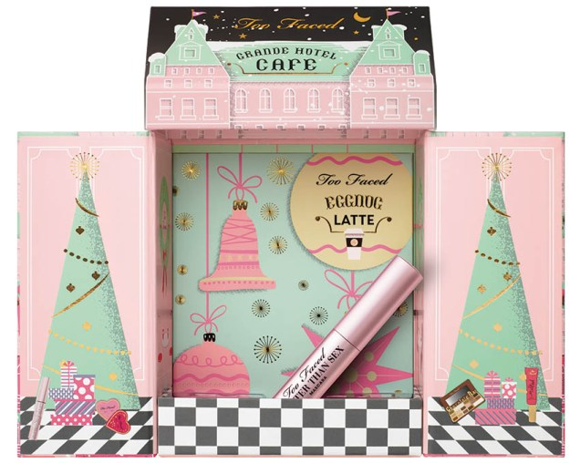Too Faced Grand Hotel Cafe, cu mascara
