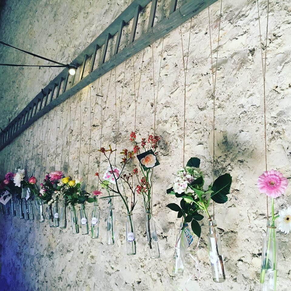 Bloemenvaasjes met bloem