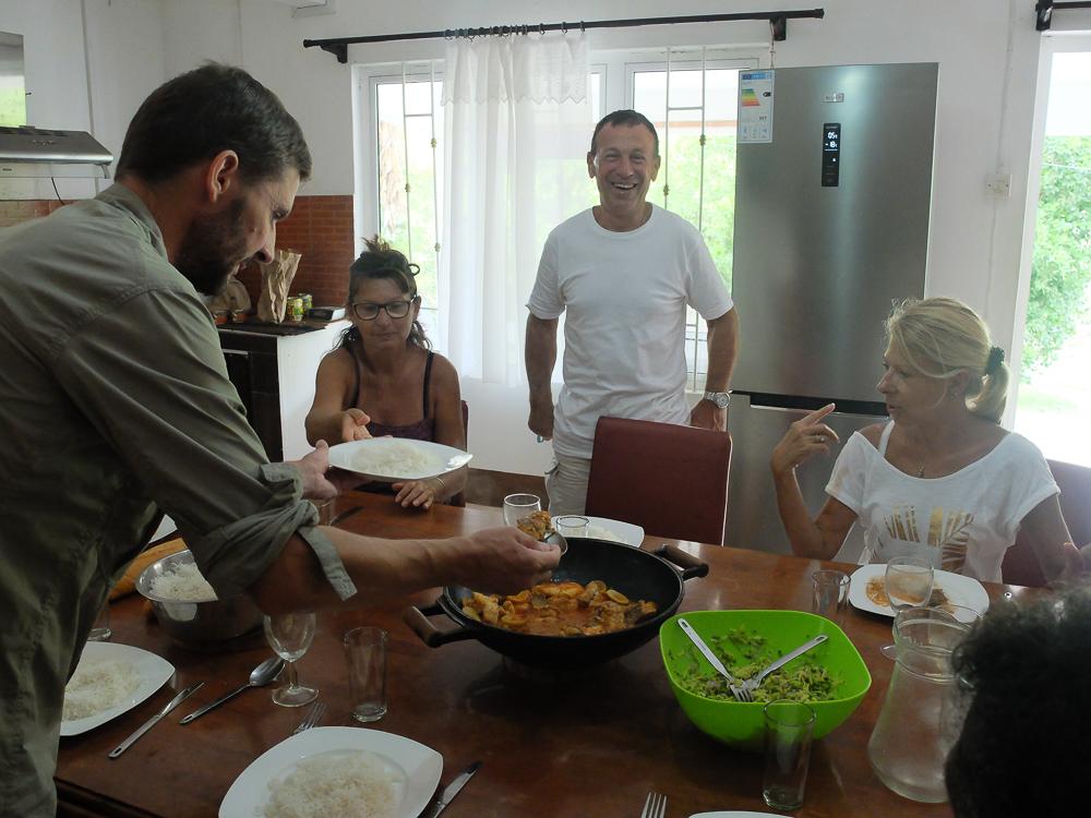 Rodrigues - Tous ensemble autour d'un bon petit plat
