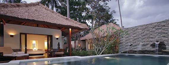 Qunci Pool Villa