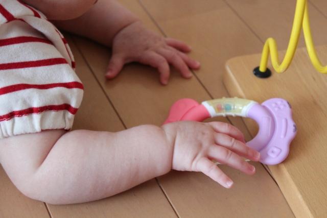 赤ちゃんと床暖房