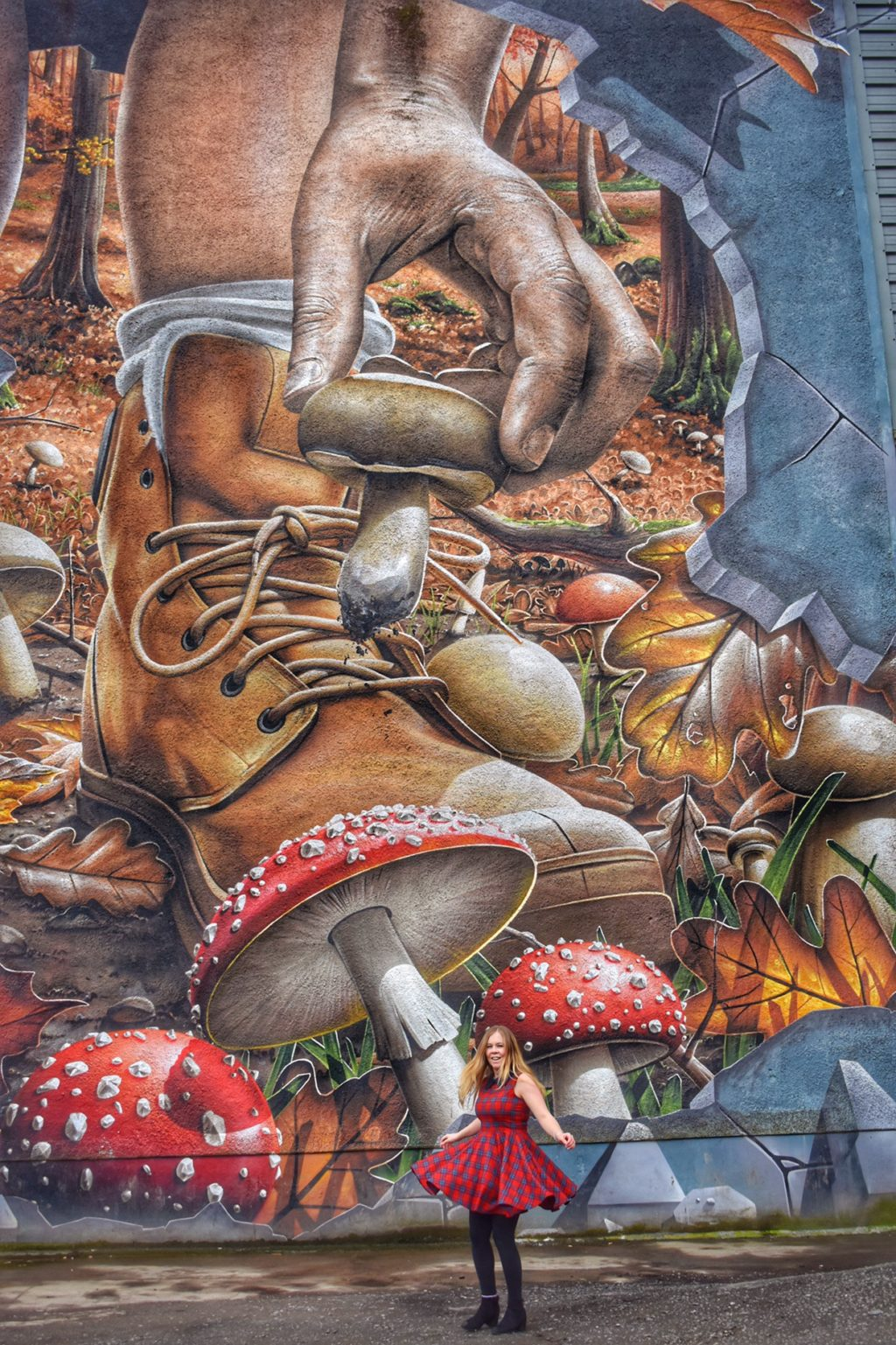 Glasgow Street Art Scotland, Fellow Glasgow Residents Mural