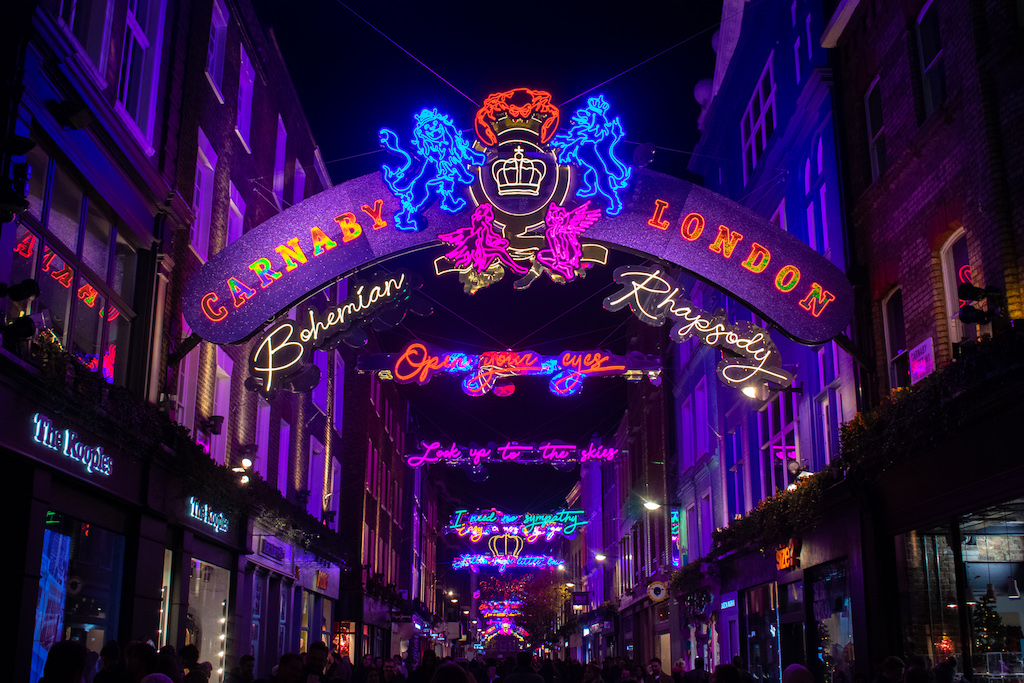 Where to find the best London Christmas Lights (Photo Guide)