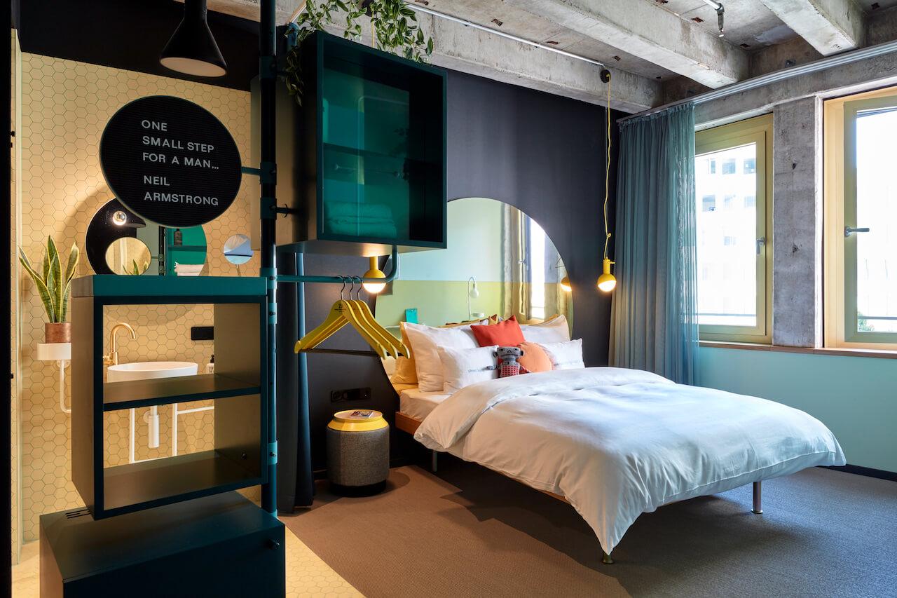 Room at 25hr Circle Hotel Cologne