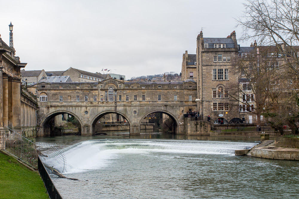 Weekend city breaks in the UK, historic bridge going over water in Bath