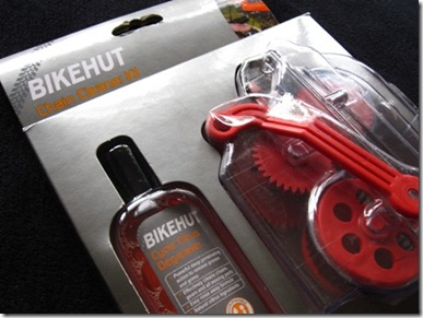Packaging of the Bikehut chain cleaning kit