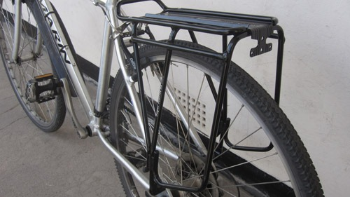 Topeak Super Tourist DX Disc rack showing on bike