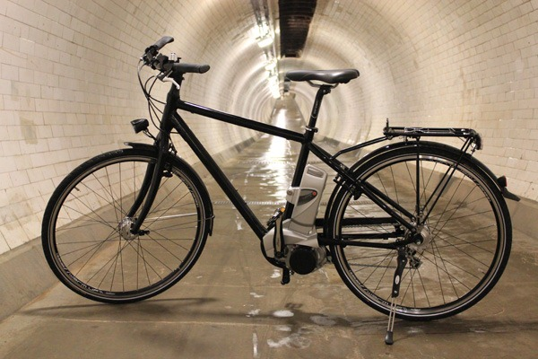 Spencer and Ivy eBike in the Greenwich tunnel