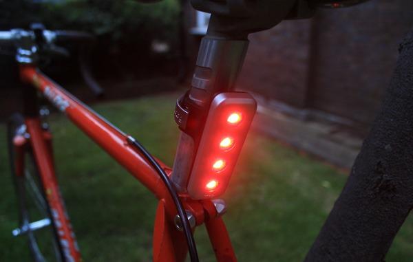 The Knog Blinder 4V on a Raleigh bike