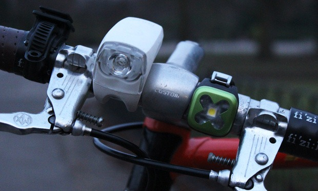 Knog blinder on the bicycle handlebars