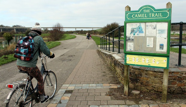 Cycling along the Camel Trail from Wadebridge