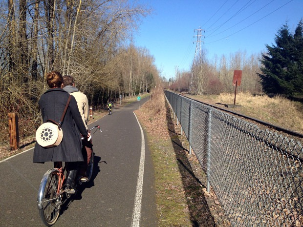 cyclists-on-greenway