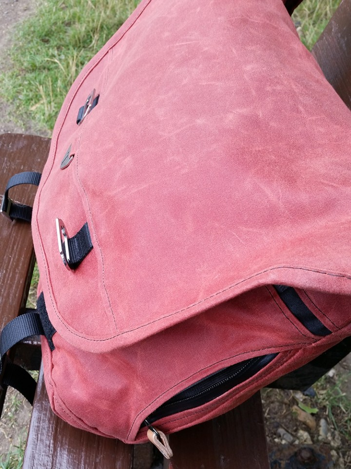 Side of bag