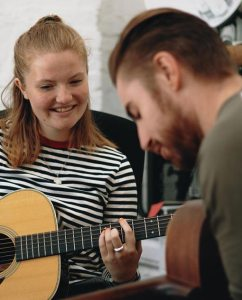 EARLS COURT GUITAR TUITION