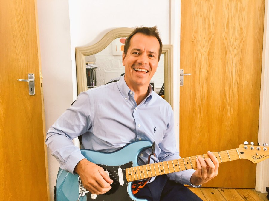 Guitar Lessons Golders Green