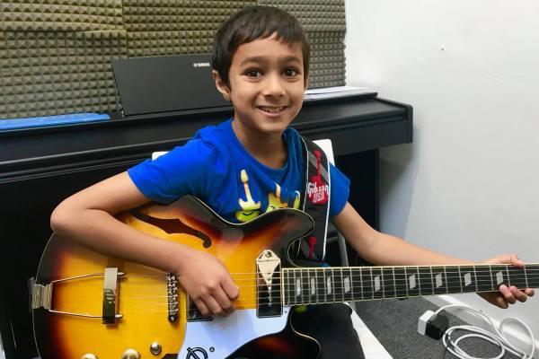 Guitar Lessons Maida Vale London W9